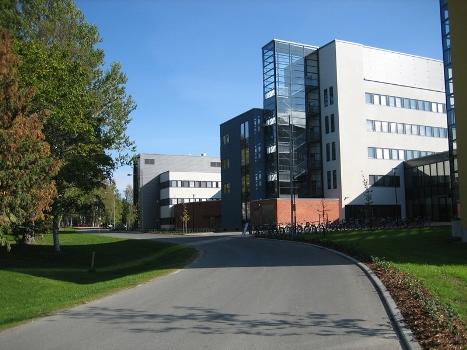 Đại học Ham không những mang lại nền giáo dục mang tầm vóc quốc tế mà còn đem đến phương pháp và trang thiết bị học tập hiện đại. Trường có hơn 8000 sinh viên đến từ 70 quốc gia trên thế giới.