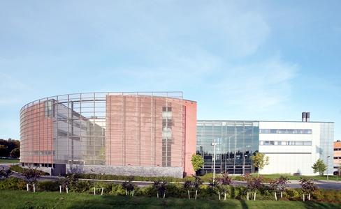 Arcada (UAS) là trường đại học khoa học ứng dụng đa chuyên ngành được thành lập vào năm 1996  với khuôn viên đặt tại Arabianranta, thủ đô Helsinki, Phần Lan.